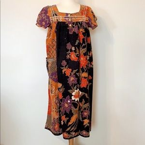 VINTAGE Boho hippie artist floral shift midi dress